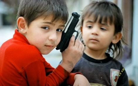 Figli usati per uccidere e un Figlio donato al mondo